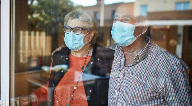 'Bağışıklığı güçlendireyim' derken bu hataya düşmeyin! Pandemide yaşlılara özel 6 önemli uyarı