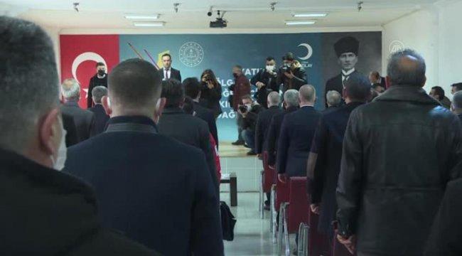 Milli Eğitim Bakanı Selçuk, Yatılı Bölge Ortaokulu Öğrencilerine Kırtasiye Seti Dağıtım Töreni'ne katıldı